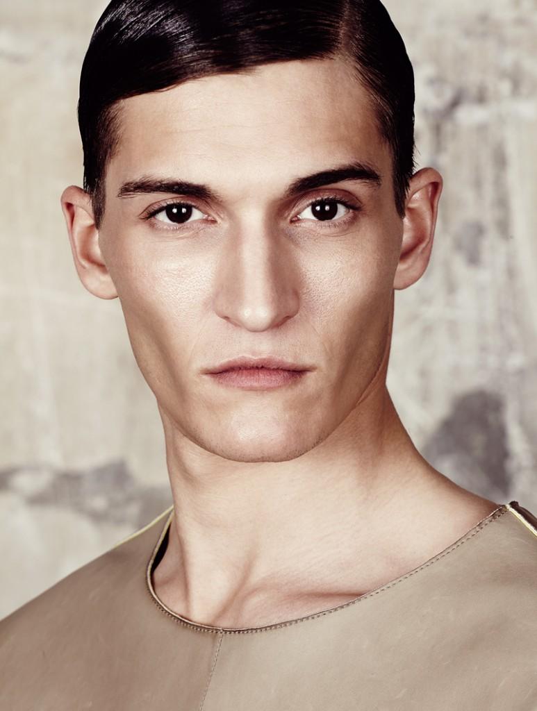 Matvey-Lykov-and-Luka-Badnjar-for-photographer-Tomas-Falmer-Plaza-Uomo-4