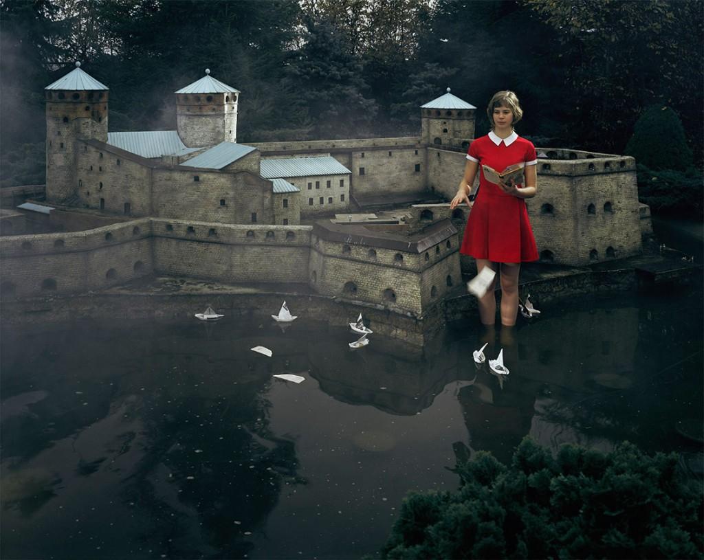 Famous-Photographer-Julia-Fullerton-Batten-6