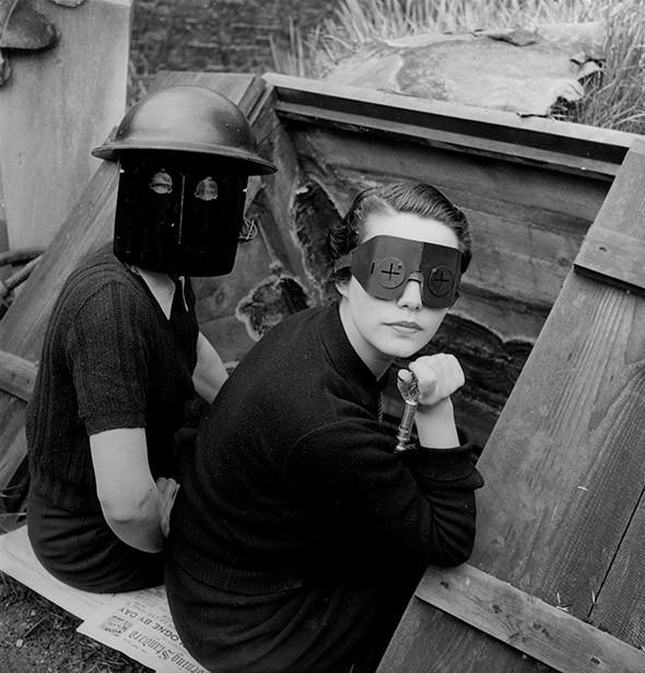 Lee-Miller-Photography-Fire-masks