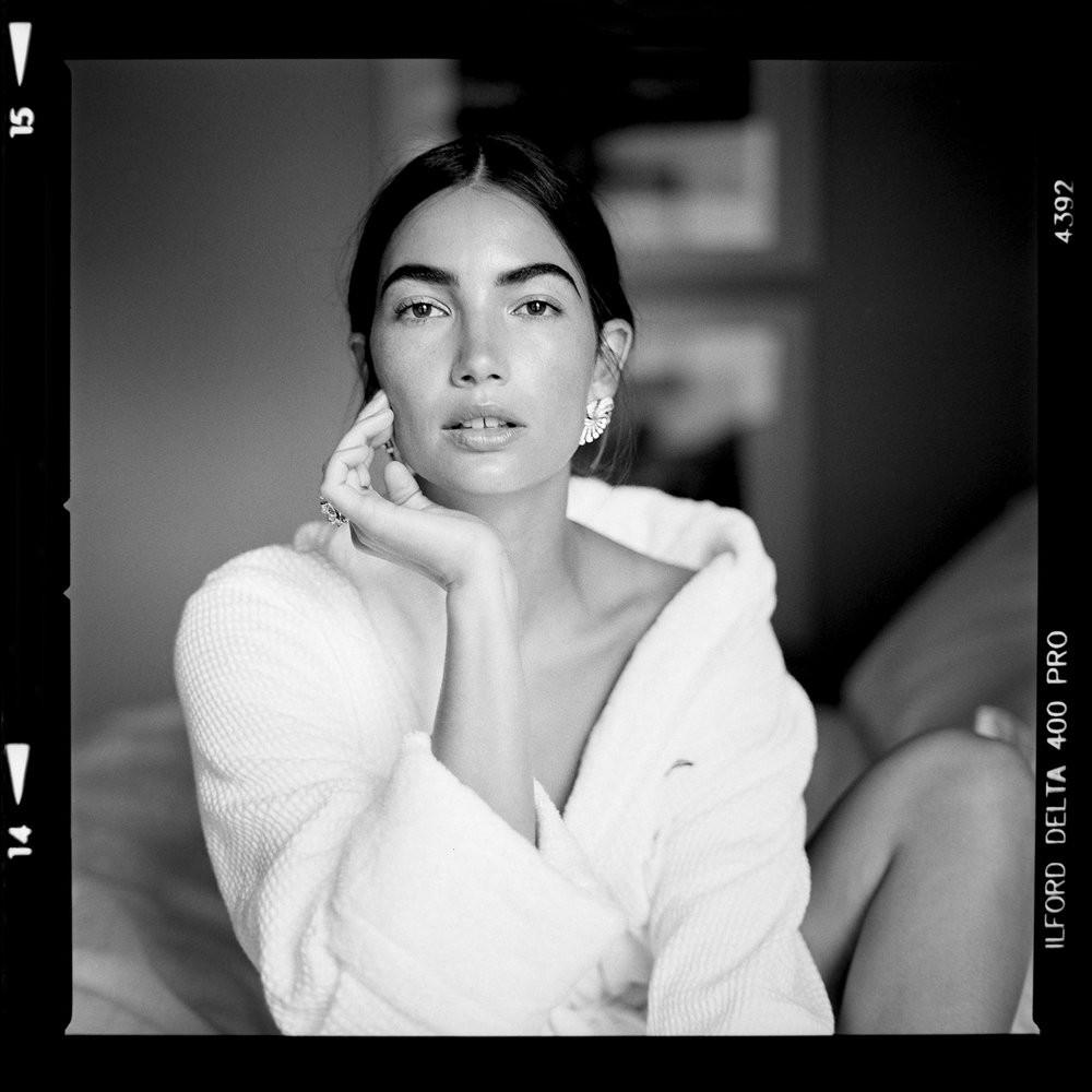 Lily+Aldridge_UA+FILMSCANS+MAY+201768622_RTV_FInal