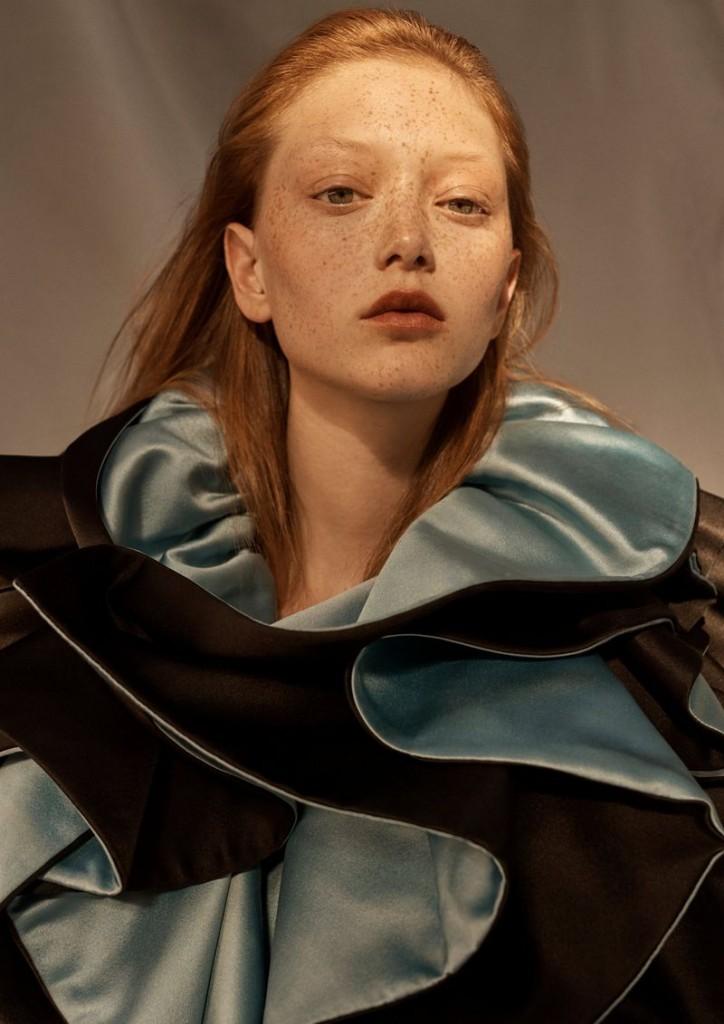 Emma-Tempest-Sara-Grace-Wallerstedt-Vogue-Russia-September-2019-1