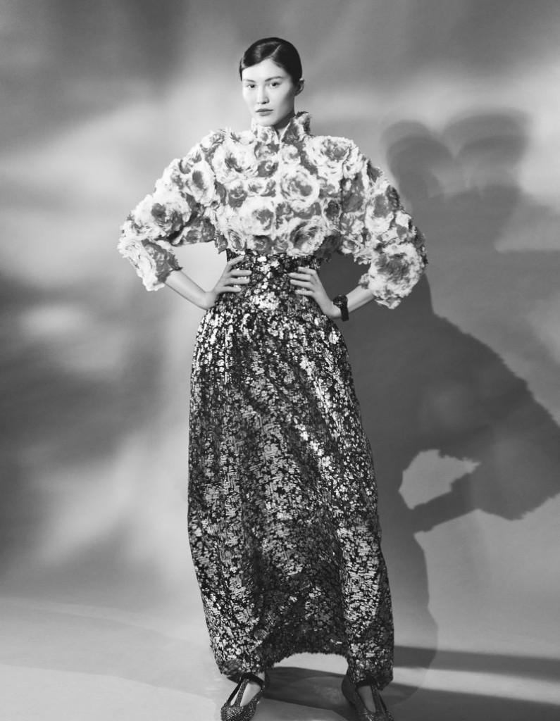 Emma-Tempest-Sui-He-Vogue-China-September-2019-4