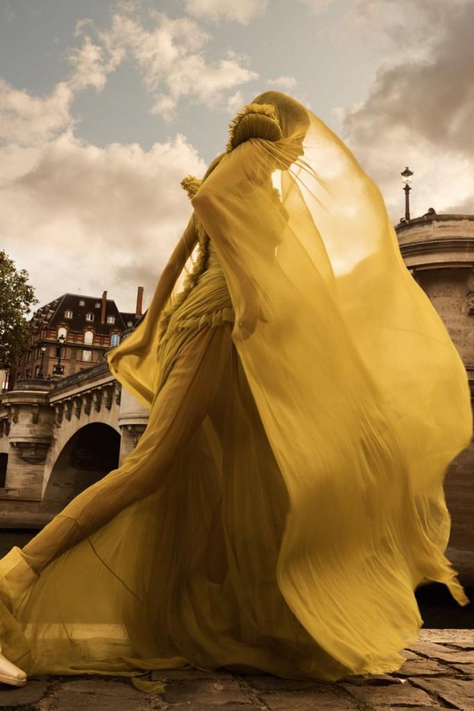 Emma-Tempest-Mariam-de-Vinzelle-Twin-Magazine-#21-1