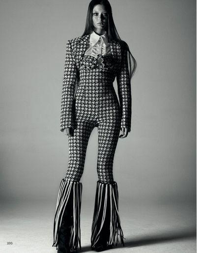 Mel-Bles-Sara-Grace-Wallerstedt-Vogue-China-November-2019-6