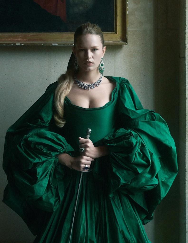 Charlotte-Wales-Anna-Ewers-Vogue-Paris-December-2019-3