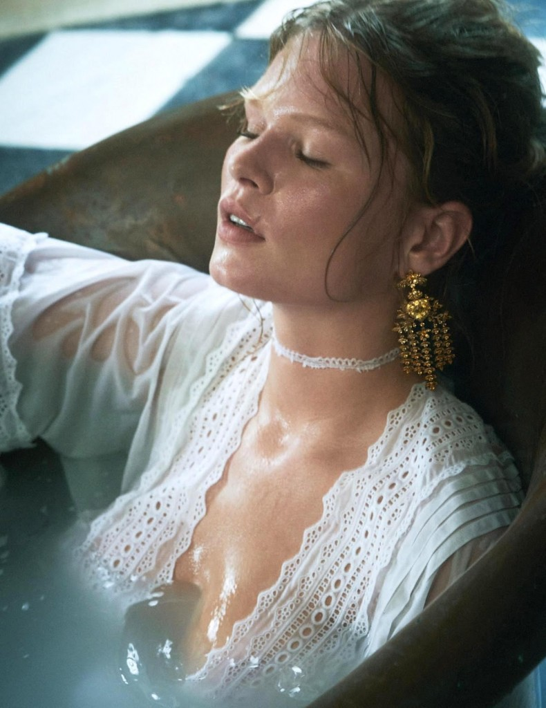 Charlotte-Wales-Anna-Ewers-Vogue-Paris-December-2019-6
