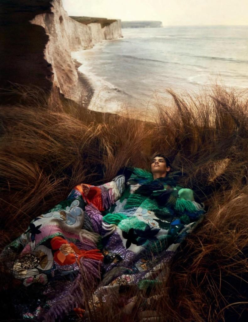 Txema-Yeste-Kerolyn-Soares-Vogue-Spain-December-2019-6
