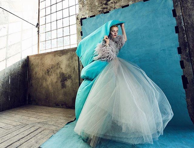 Kristian-Schuller-Lina-Hoss-Harper's-Bazaar-Czech-Republic-Winter-19:20-1