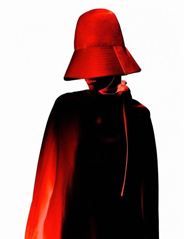 Kristian-Schuller-Lina-Hoss-Harper's-Bazaar-Czech-Republic-Winter-19:20-3
