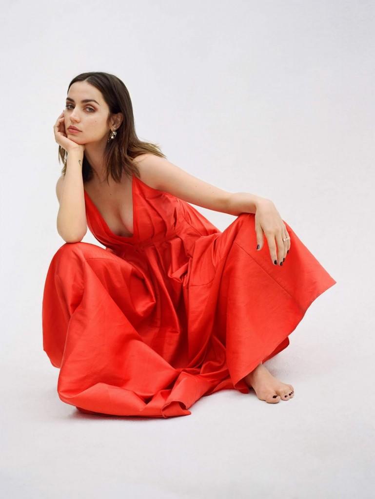 Olivia-Malone-Ana-De-Armas-PorterEdit-February-14th-2020-4