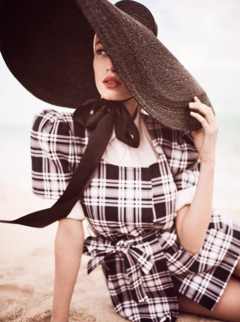 Giampaola-Sgura-Sophie-Koella-Vogue-Germany-April-2020-2