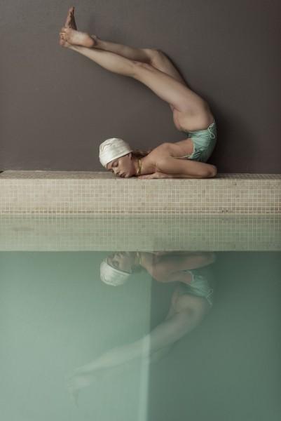 Roberta-Krasnig-Ondria-Hardin-Mia-Le-Journal-April-2020-2