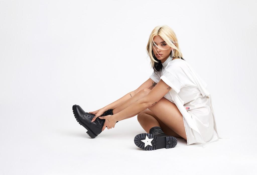 Zoey-Grossmann-photographed-Dua-Lipa-for-Elle-Magazine-5