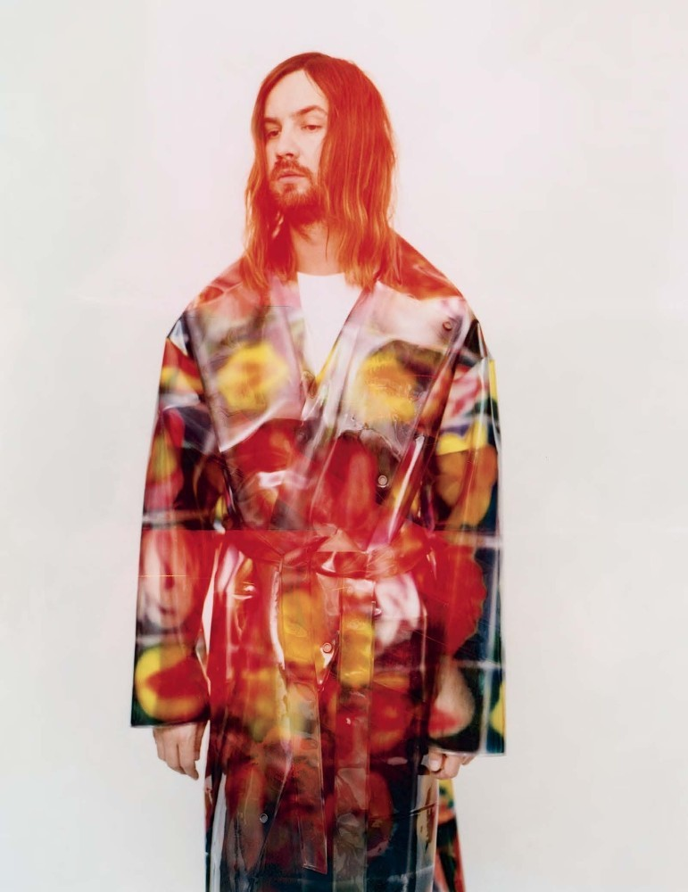 niki-pauls-for-interview-mag-featuring-tame-impala-1