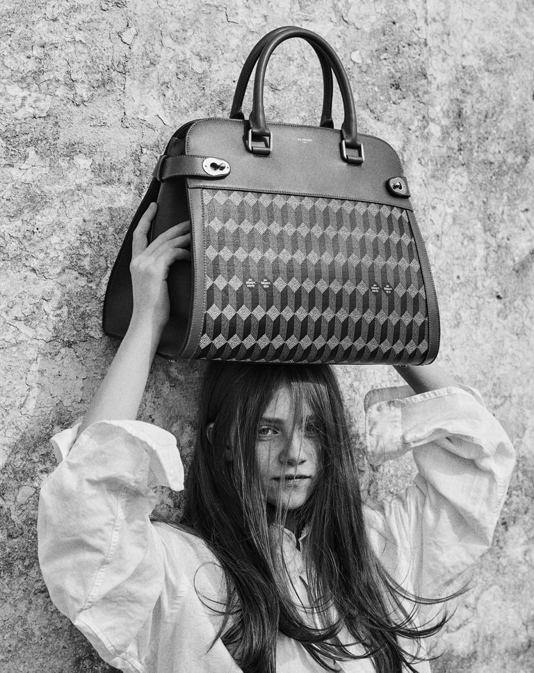 Giampaolo-Sgura-photographs-Au-Départ-campaign-SS2020-7