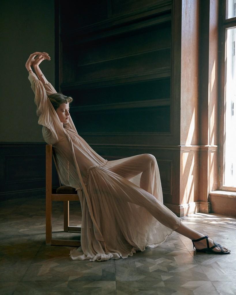 Andreas-Ortner-Vogue-Urkaine-Barbora-Podzimkova-2