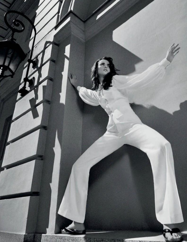 Blanca-Padilla-by-Gorka-Postigo-for-Vogue-Spain-July-2020-4