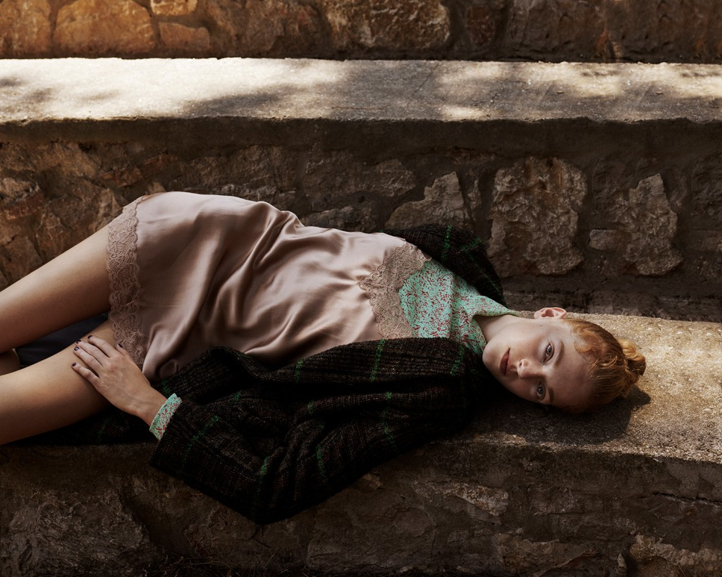 Anna-Daki-for-Vogue-Greece-with-Eliza-Kallmann-7