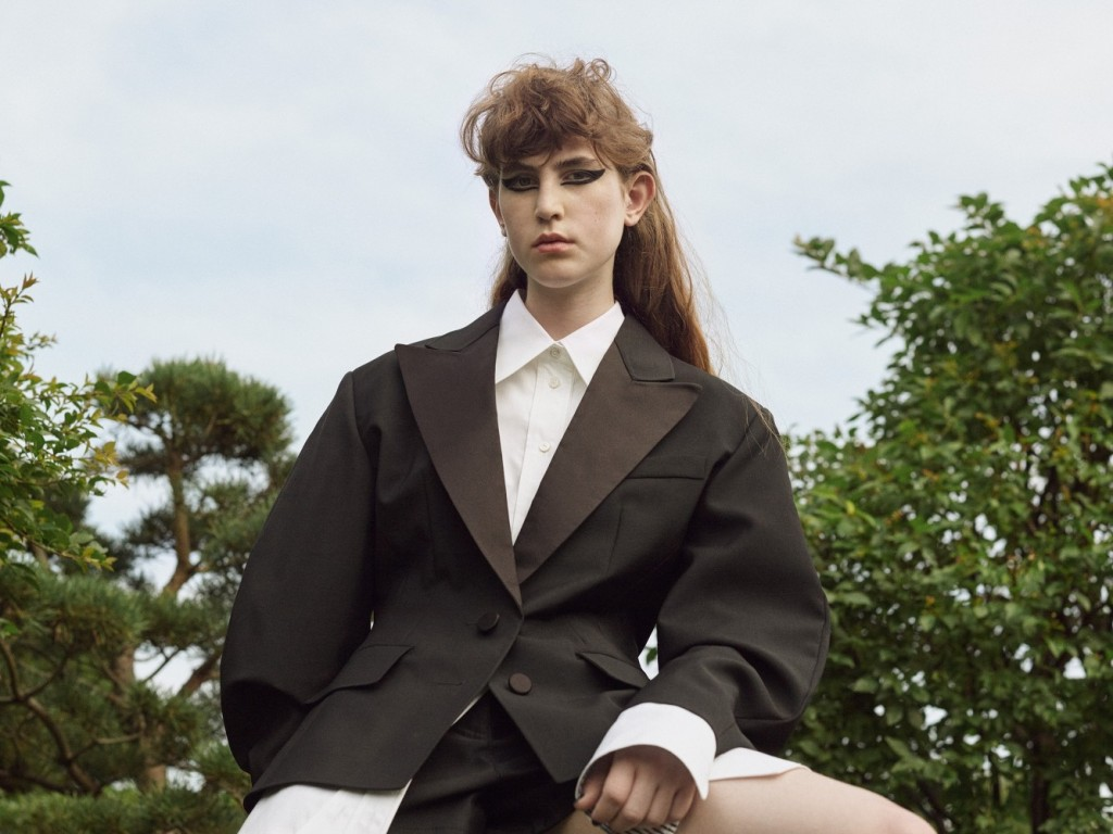 Kamilla-Richter-Styling-on-Previiew-2