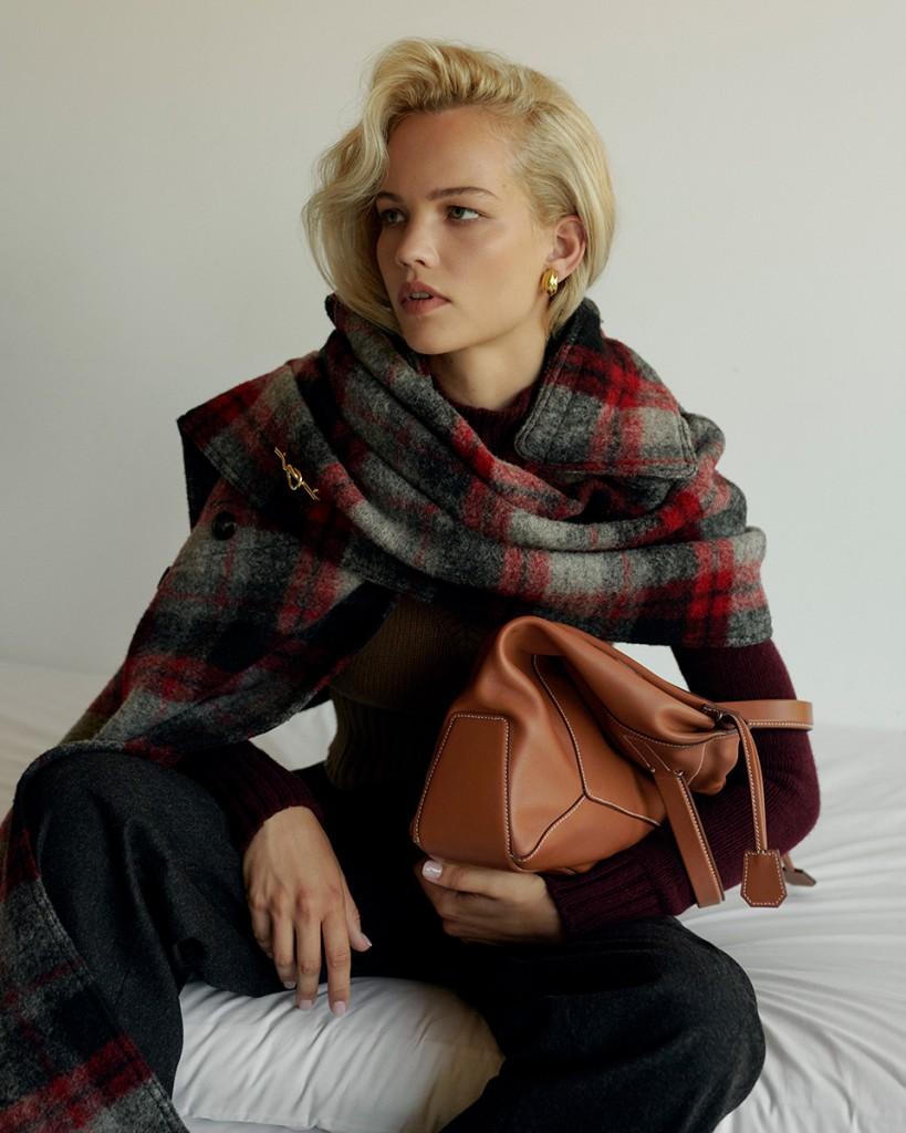 Anna-Daki-shot-Lilla-Molnar-for-Vogue-Greece-and-Vogue-Turkey-5