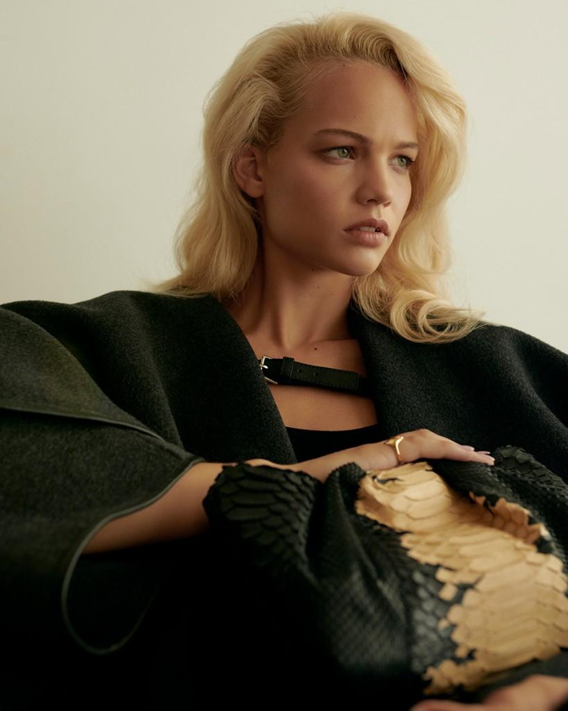 Anna-Daki-shot-Lilla-Molnar-for-Vogue-Greece-and-Vogue-Turkey-6