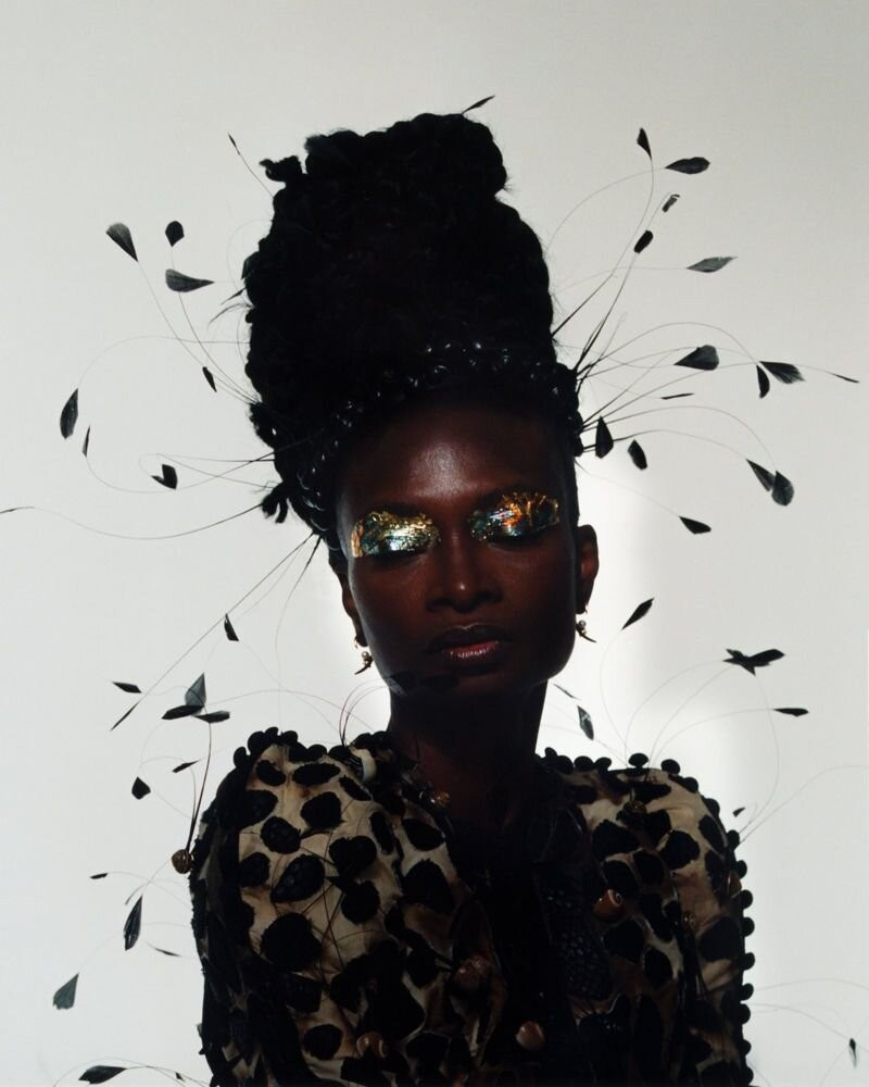 Debra Shaw by Andrew Nuding in Revue Magazine 10 AW 2020-4