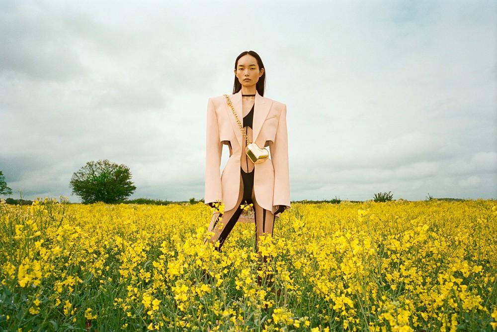 Photographer John-Paul Pietrus for Vogue Singapore with Ling Chen-2