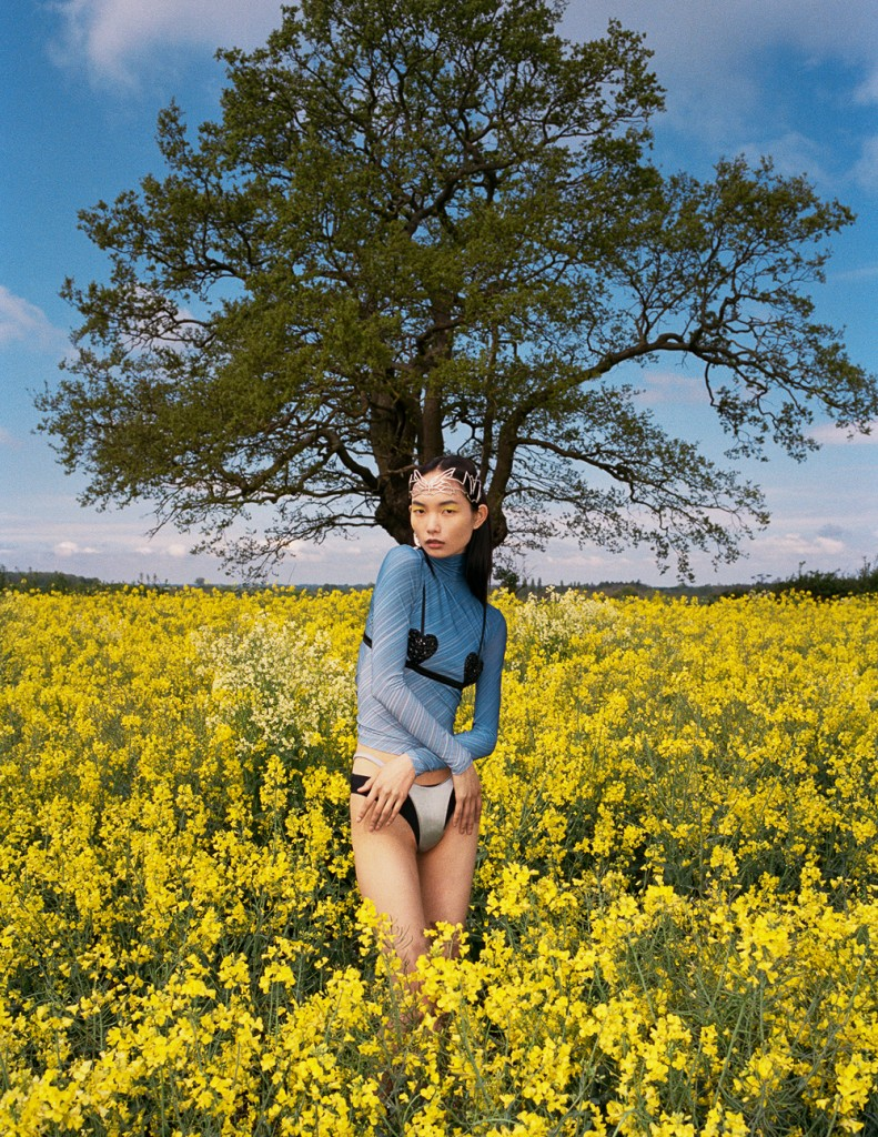 Photographer John-Paul Pietrus for Vogue Singapore with Ling Chen-7