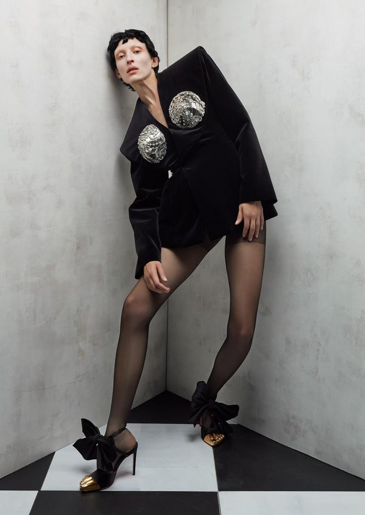 Schiaparelli Haute Coutureby photographer Léa Nielsen for Dansk Magazine FW21-5