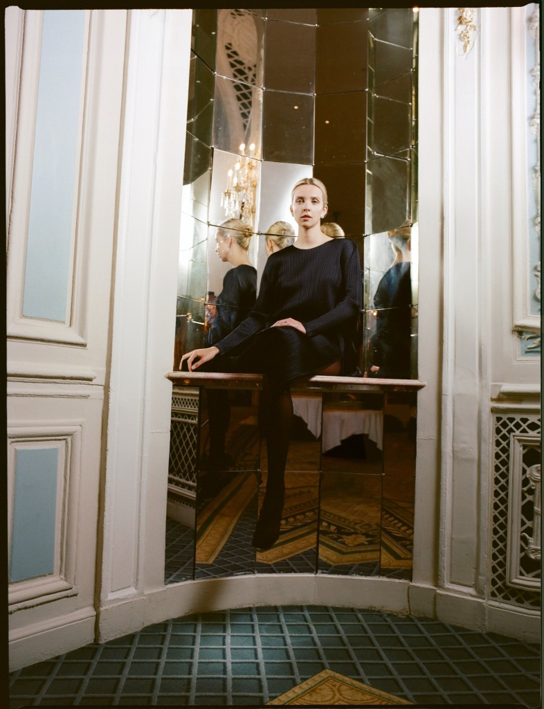 Editorial with Greta Bellamacina photographed by Theresa Marx for The Title-6