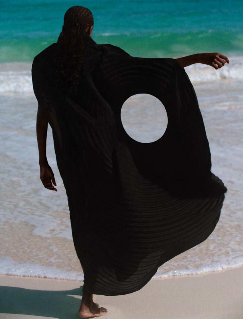 Photographer Carlijn Jacobs editorial »Island Life« for Dazed Magazine Autumn 2021-4